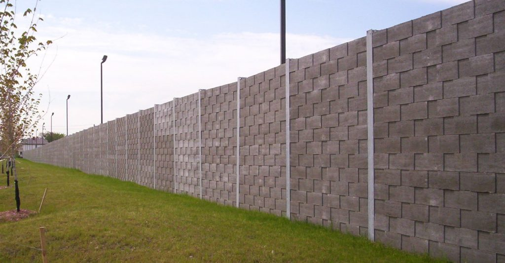 screen-tall-walls-about
